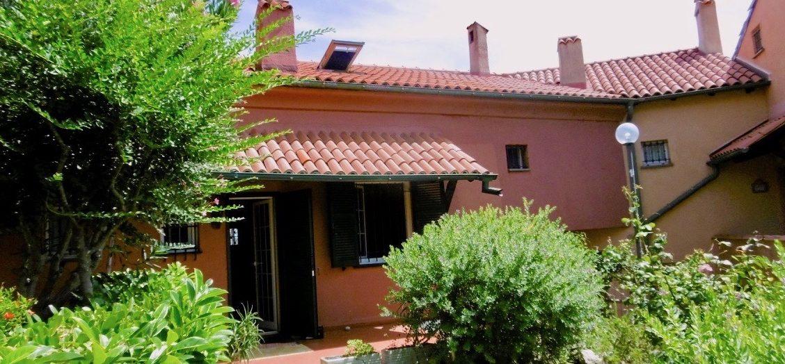 Villa a schiera Finale ligure san Bernardino